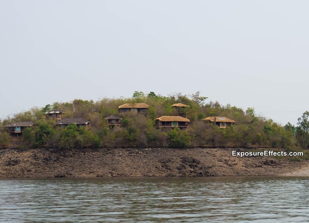 River Tern Lodge - Jungle Lodges Resorts - Rooms- Cottages