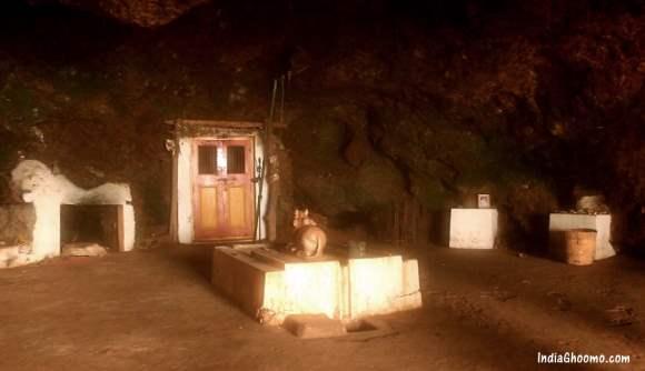 Kavala Caves in Dandeli
