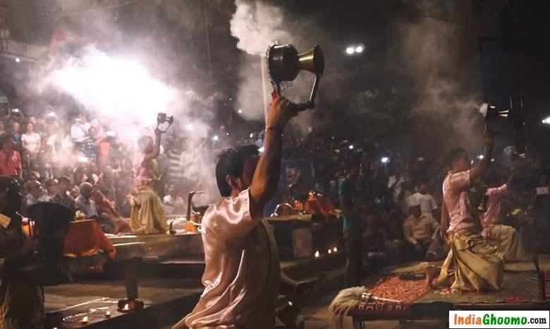 Ganga Aarti Varanasi dashashwamedh ghat