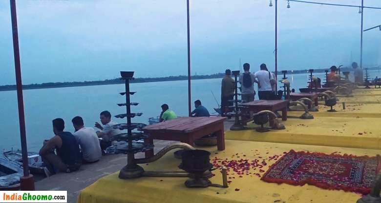 Varanasi Morning Arti Assi Ghat