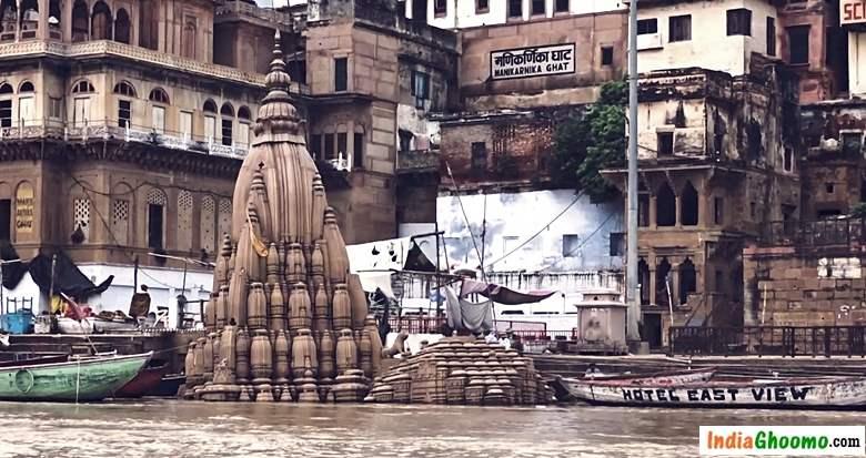 Varanasi Tilted Shiv Temple Scindia Ghat