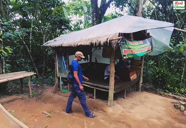 Banyumala Waterfall Entrance Ticket Counter