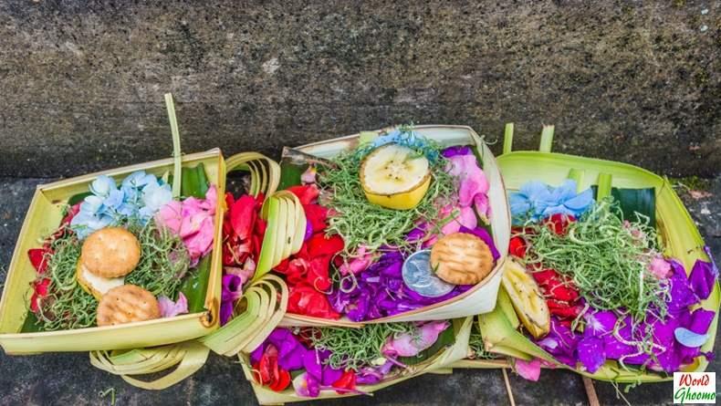 Canang sari - The Offering Bali