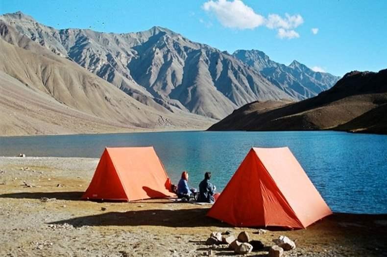 Camping Banned near Chandratal Lake in Spiti