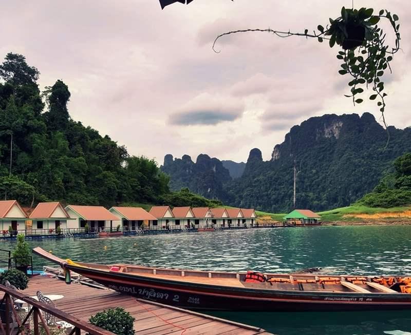Accomodation at Cheow Lan Lake